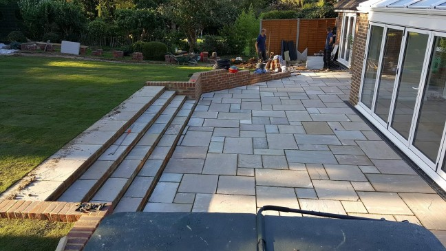 indian-sandstone-patio-construction-tonbridge-kent